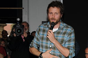 A te - Jovanotti wrote the song as a love declaration to his partner, who later became his wife, during a moment of separation.