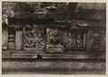 KITLV 40043 - Kassian Céphas - Reliefs on the terrace of the Shiva temple of Prambanan near Yogyakarta - 1889-1890.tif