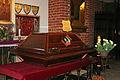 KOS sarkofag ze szczątkami Kopernika.jpg