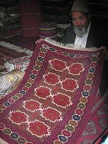 Afghanistan-Economy-Kabul carpet seller 2