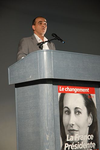 Ségolène Royal - Kader Arif, the European parliament's rapporteur for ACTA in Toulouse on 13 April 2007 where he was promoting Ségolène Royal's candidacy for the 2007 presidential election.