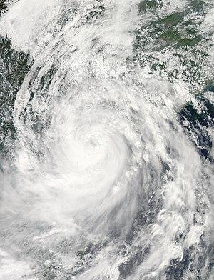 Timeline of the 2014 Pacific typhoon season - Kalmaegi nearing landfall on September 16