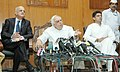Kapil Sibal holding a Press Conference to present the Status Report on implementation of 100 days Plan of Action of the Ministry of Communications & IT announced by him on 1 January 2011.jpg