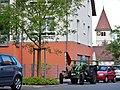 Karlstraße in Sindelfingen-Darmsheim mit evangelischer Pelagiuskirche - panoramio.jpg