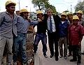 Kirchner y Bielsa recorren obras de viviendas en Barrio Zavaleta (03).jpg