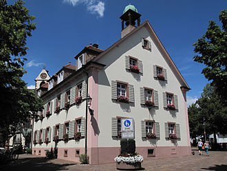 Kirchzarten - Image: Kirchzarten, het gemeentehuis foto 5 2013 07 25 14.25