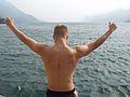 Klippenspringen am Gardasee 04.jpg