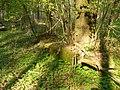 Korzystno - cmentarz w lesie - panoramio (1).jpg