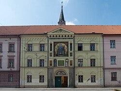 Kostel Panny Marie Růžencové ČBu - budova.jpg