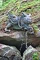 La fontaine d'ablutions du temple Taiyuin (Nikko, Japon) (42426342915).jpg