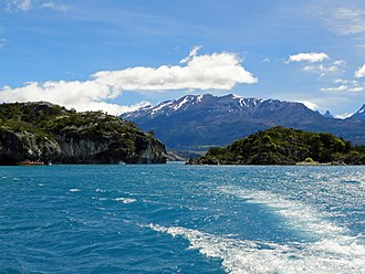 General Carrera lake, the largest in the country. Lago General Carrera - Camino a Capilla de Marmol.JPG