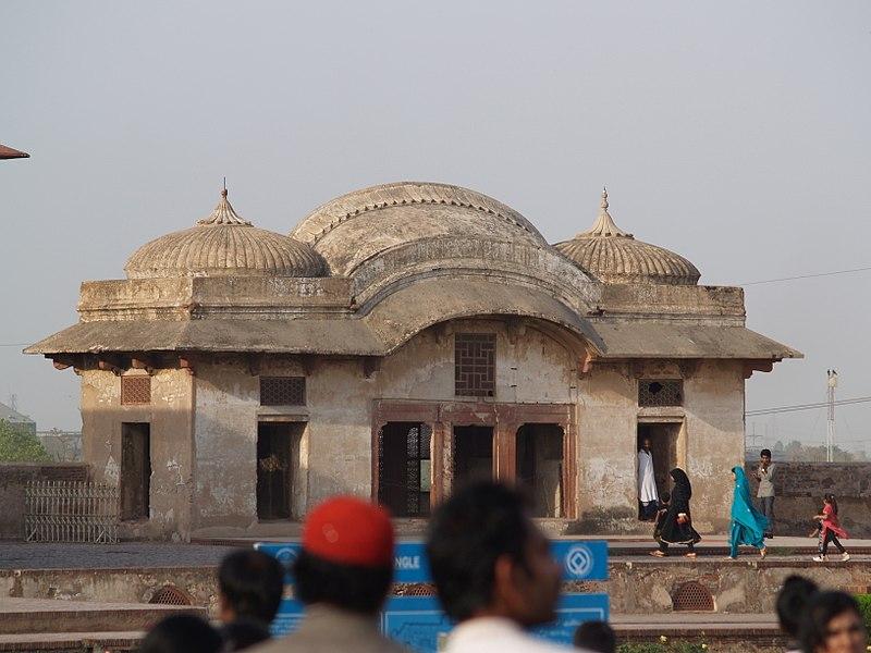 Lahore Fort - 1.JPG