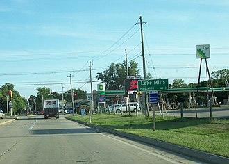 Lake Mills, Wisconsin - DOT sign