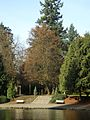 Laurelhurst Park, benches in November 2011.JPG