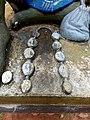 Le chapelet du devin à la Forêt Sacrée de Kpassè.jpg