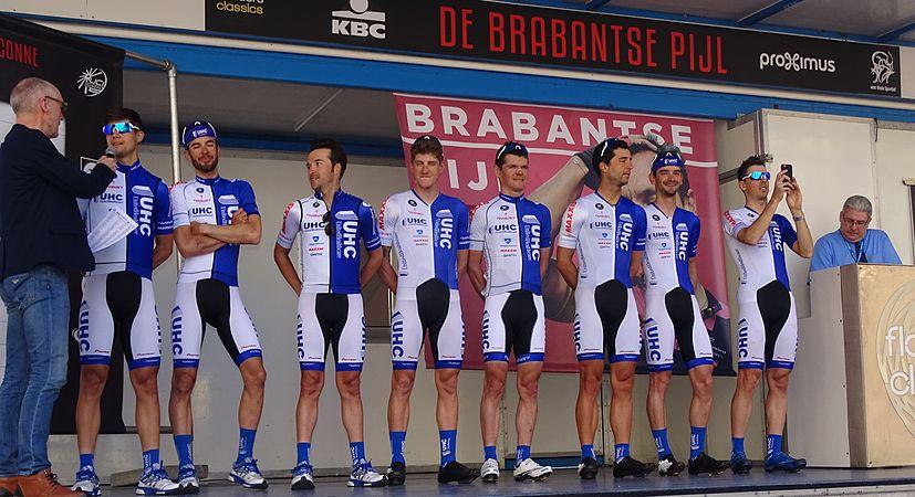 Leuven - Brabantse Pijl, 15 april 2015, vertrek (B016).JPG