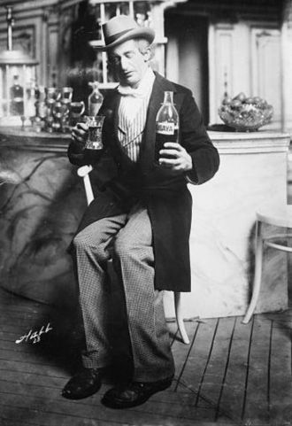 J. C. Huffman - Lew Fields as Henry Schniff in The Girl Behind the Counter (1907–08)