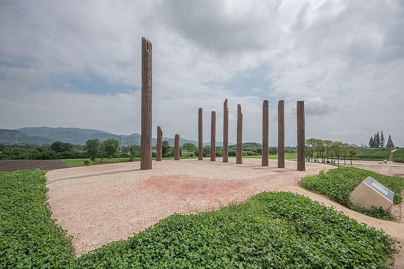 800px-liangzhu_archaeological_site2c_2019-07-20_12