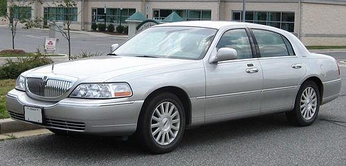Lincoln Motor Company >> Lincoln Town Car Wikiwand