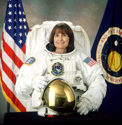 Astronaut Linda M. Godwin, NASA photo (2001)Source: Wikipedia (spaceflight.nasa.gov killed 25 Feb 2021) 469px-Linda_Godwin.jpg