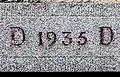 Linteau daté de 1935 à Dambelin.jpg