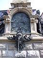 Ludwig-Eisenbahn-Denkmalbrunnen Fürther Straße Juni 2010 05.jpg