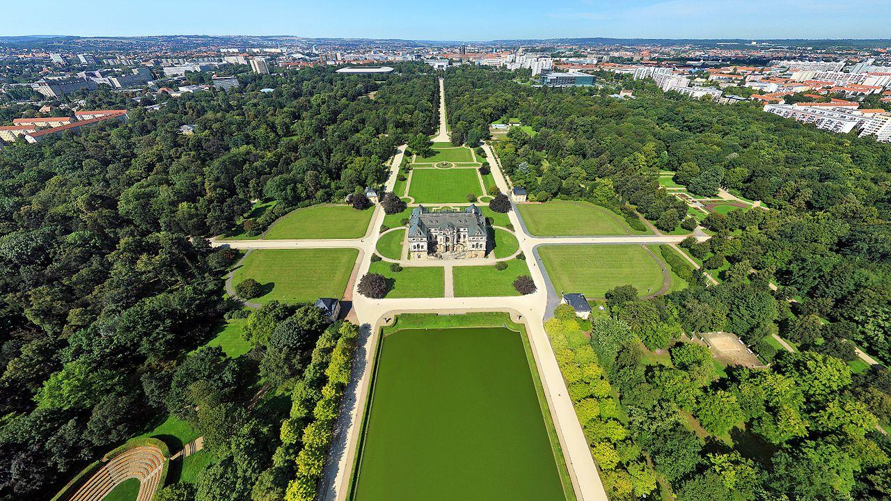Zdjęcie parku Großer Garten z lotu ptaka