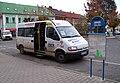 Mšeno, náměstí Míru, minibus Kokořínský SOK.jpg
