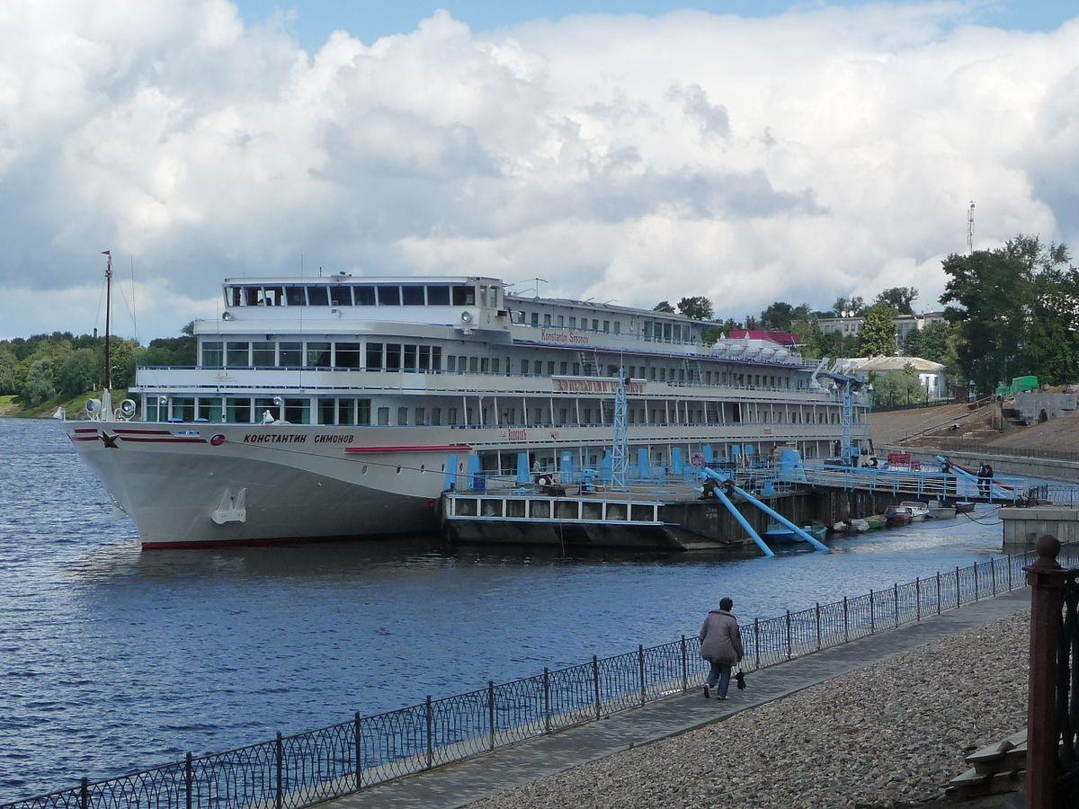 Cruise on the ship Dmitry Furmanov. Cheese Museum in Kostroma