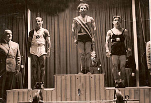 1949 World Weightlifting Championships - Podium of the 56 kg category
