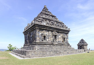 Ijo Temple - The main temple, showing the three niches. One of the perwara temples can be seen behind it.