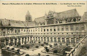 Maison d'éducation de la Légion d'honneur - A view of the school of Saint-Denis, set near the Basilica.