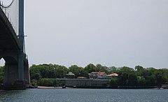 Malba from Ferry Point jeh.jpg