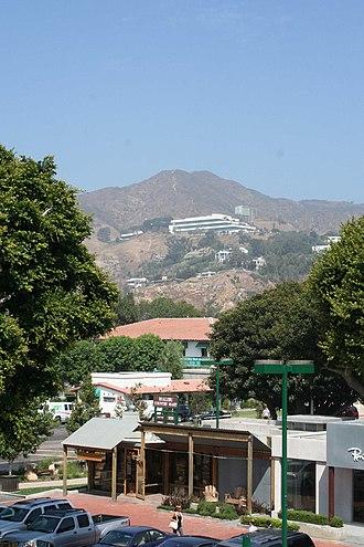 Malibu Country Mart - View of the Malibu Country Mart