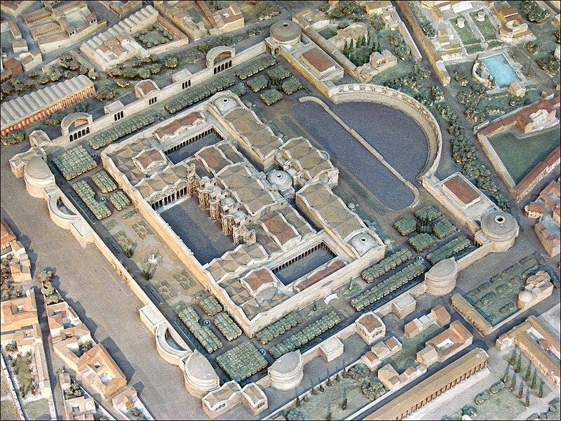 Maquette des thermes de Dioclétien (musée de la civilisation romaine, Rome) (5911812792).jpg