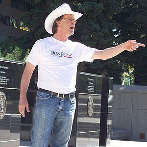 Marc Emery - Marc Emery at a pro-marijuana rally outside City Hall in Calgary, September 2007.