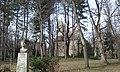 Margitsziget Bihari-szobor Szent Mihály-kápolna 2020.jpg