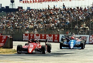 Mark Smith (American racing driver) - Formula Super Vee: Smith leading Groff at the 1988 Grand Prix of Cleveland