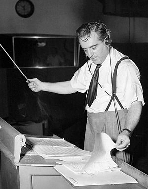 Mark Warnow - Warnow in 1946.