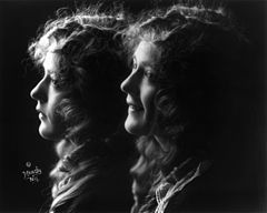 Mary Pickford double portrait by Moody N.Y., 1914.jpg