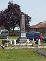 Mazerny-FR-08-monument aux morts-01.jpg