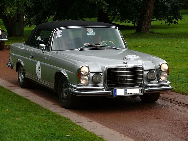 Datei mercedes benz 280 se 3 5 cabriolet silver for Mercedes benz 640