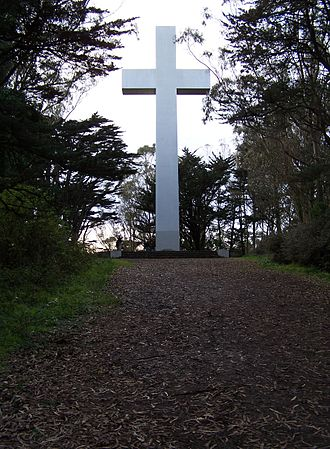 Mount Davidson (California) - The cross atop Mount Davidson
