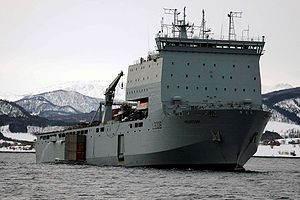 Dock landing ship - Image: Mounts Bay (L3008)