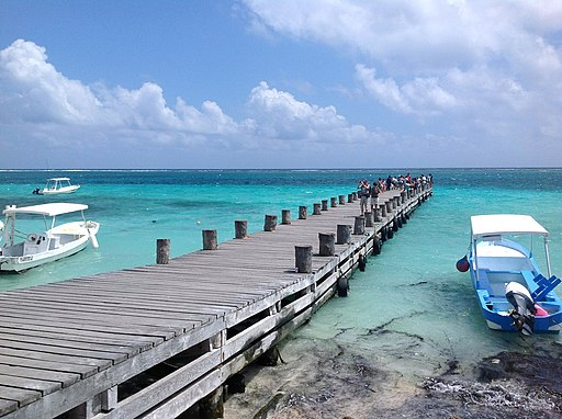 Muelle, Puerto Morelos. - panoramio where to stay in cancun