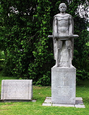 Westfriedhof (Munich) - Monument to officers of the Bavarian Police killed in the line of duty