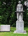 Munich Westfriedhof Statue zum Gedenken an getoetete Polizeibeamte.JPG