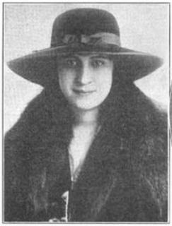 Myrna Sharlow American opera singer