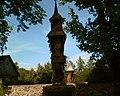Na terenie parafii w Puńsku - ludowa rzeźba i kapliczka litewska - panoramio.jpg