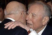 Il Presidente Ciampi lascia il posto a Napolitano